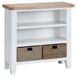 White with oak top bookcase. Has 3 shelves and includes 2 baskets on bottom shelf. Measurements: W 90 cm D 30 cm H 90 cm.